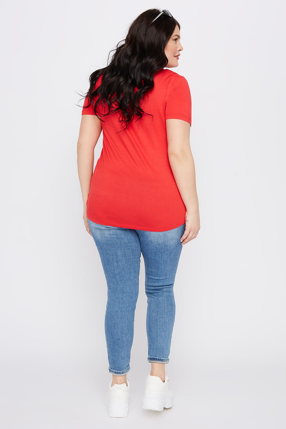 Plus Size Button-Up V-Neck T-Shirt Red