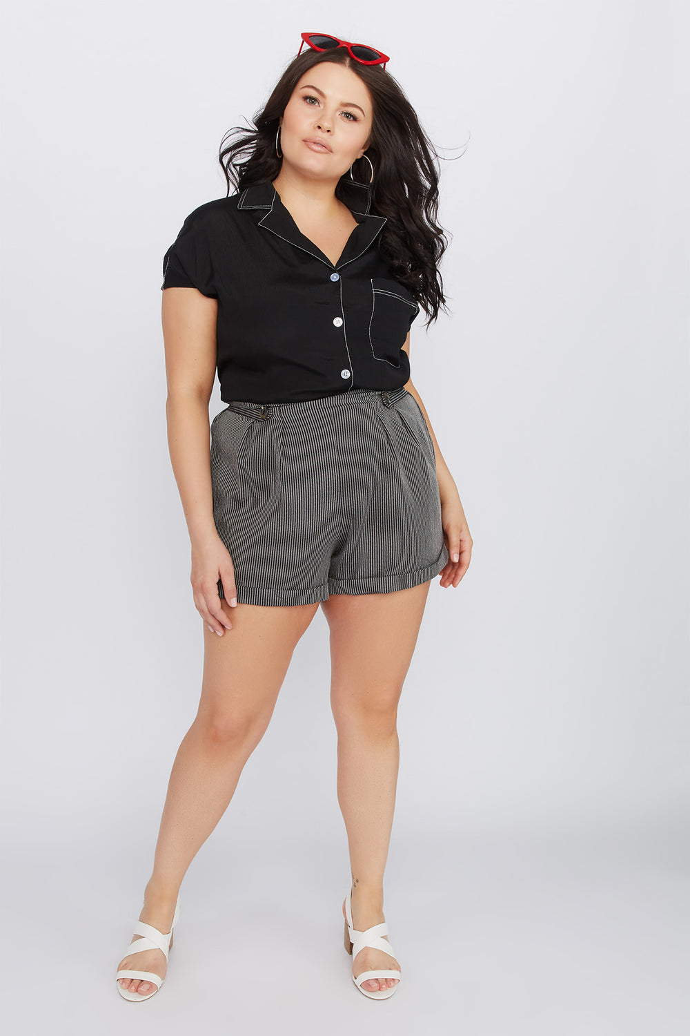 Plus Size Striped High-Rise Button Short Black