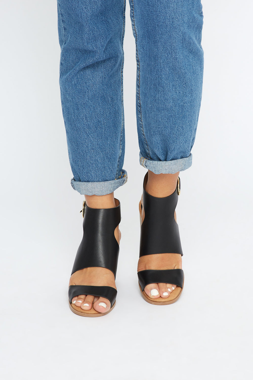 Cut Out Faux-Leather Block Heel Sandal Black