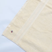 (T/H) INTERNATIONAL BRAND  BATH TOWEL  (190-00001) (4372752629892)