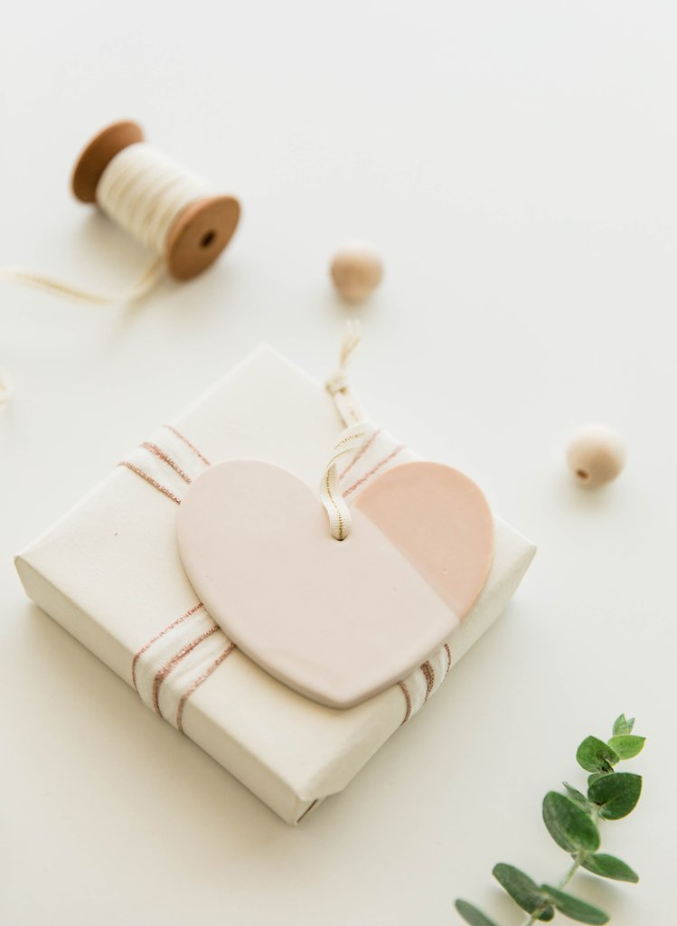 Cardtorial: Ceramic Ornament - Heart