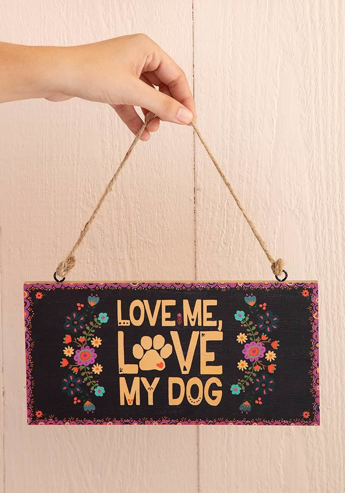 Natural Life: Welcome Sign - Love Dog