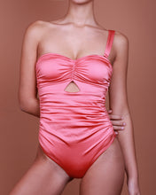 Load image into Gallery viewer, CAPRI IN CORAL La Pêche Swim