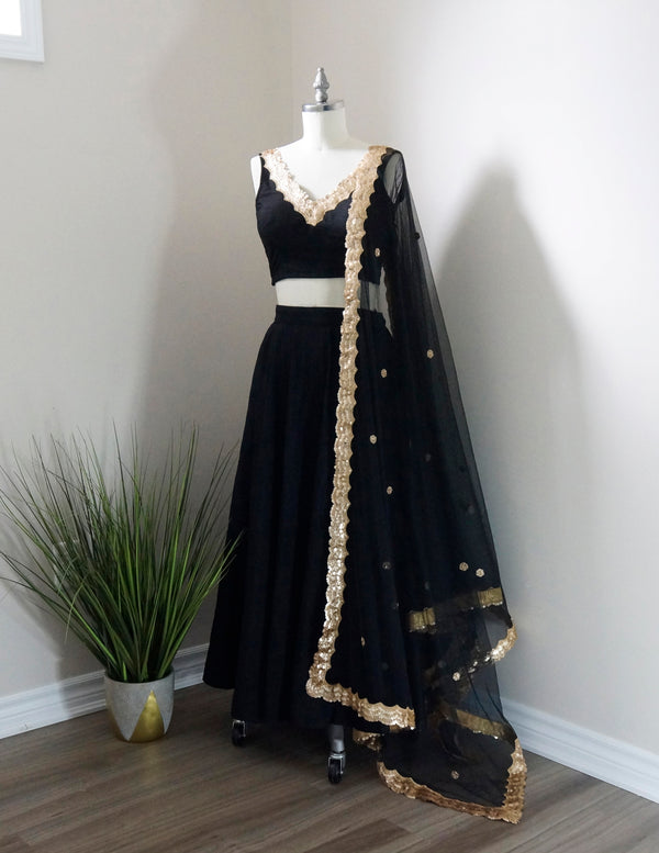 Hanna Set in Black - Dee Kapadiya