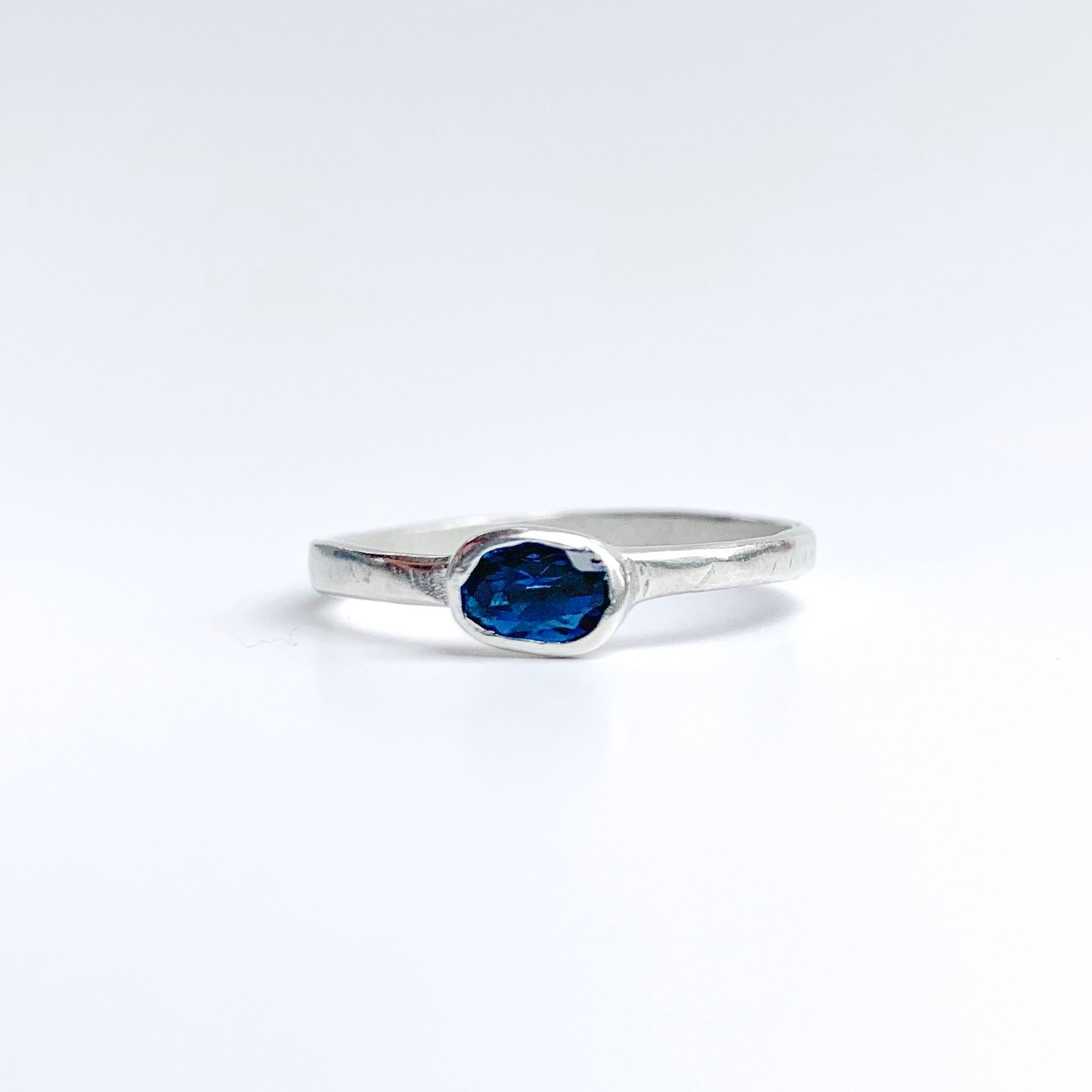 London Blue Ring