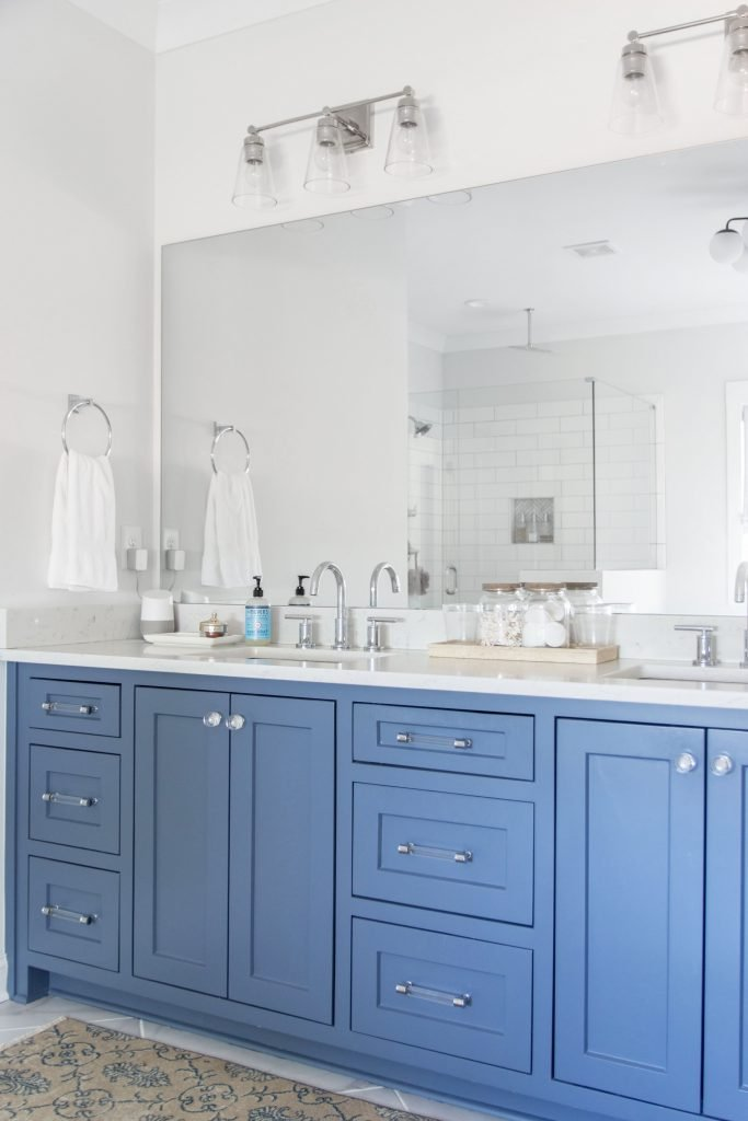 Jefferson Street Project reveal, fresh family home with classic design ideas, master bathroom cabinet color, by Kevin Francis Design on Thou Swell #interiordesign #interiors #homedesign #familyhome #classicdesign #interiordesigner #homedecorideas