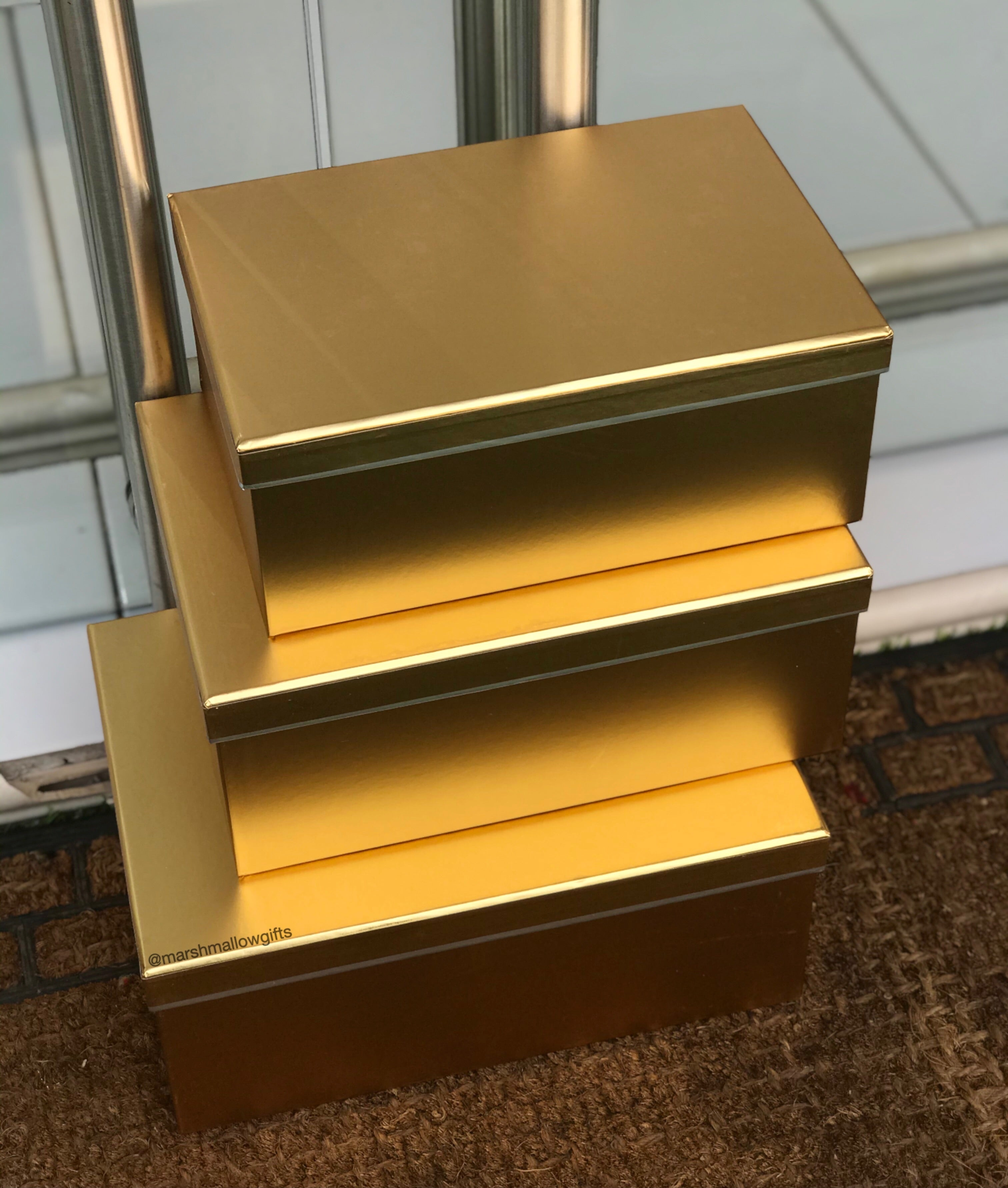Gold metallic box