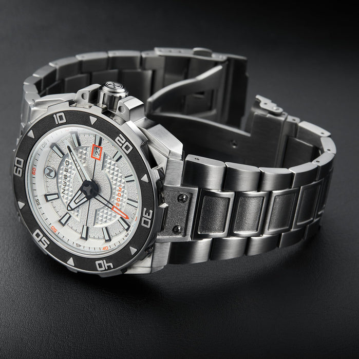 Nubeo Explorer Automatic Silver White angled shot picture