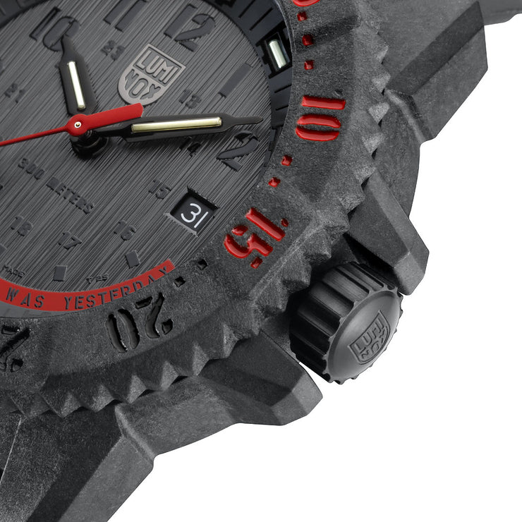 Luminox Swiss 3801.EY Master Carbon SEAL Black Red