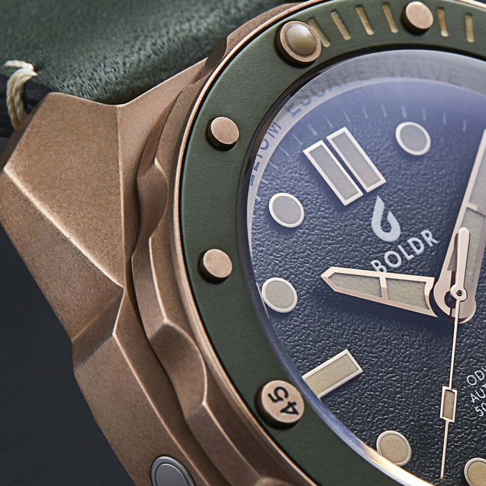 Boldr Odyssey Automatic Bronze Serpentine Green angled shot picture