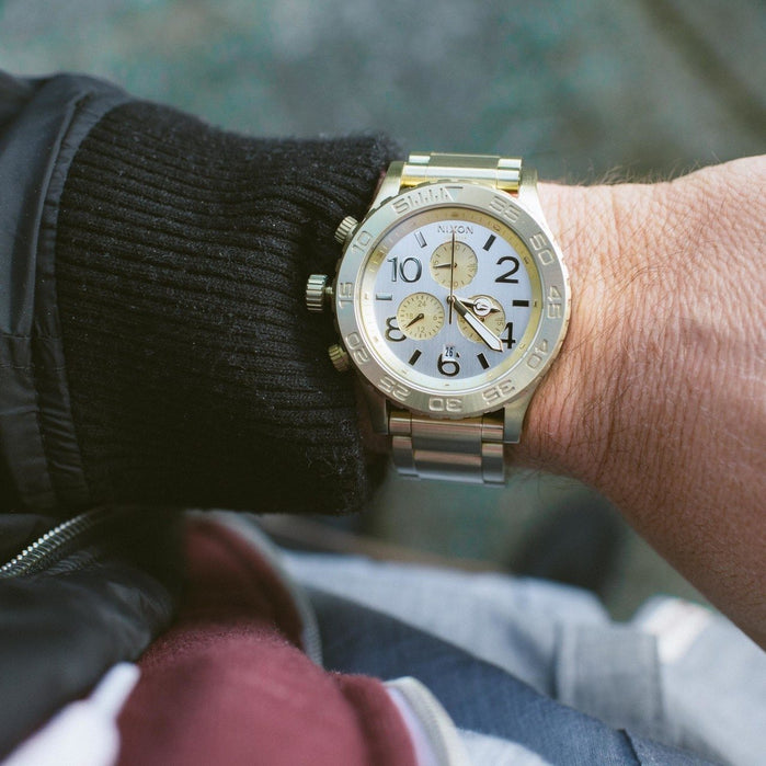 Nixon 42-20 Chrono Gold angled shot picture