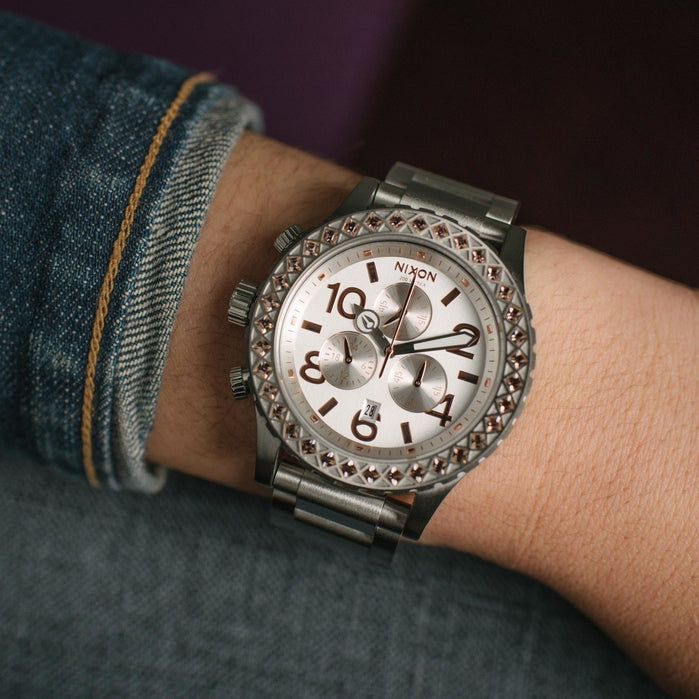 Nixon 42-20 Chrono Silver/Gold Crystal angled shot picture