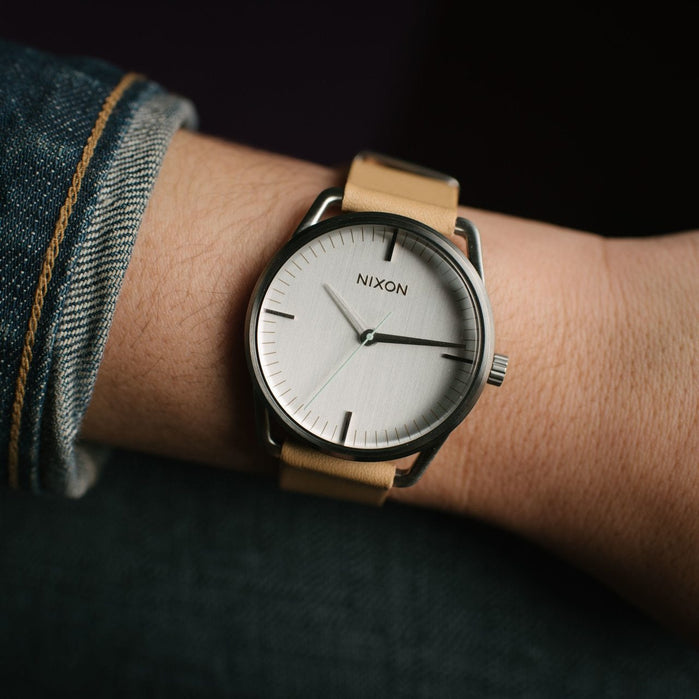 Nixon Mellor Natural Silver angled shot picture