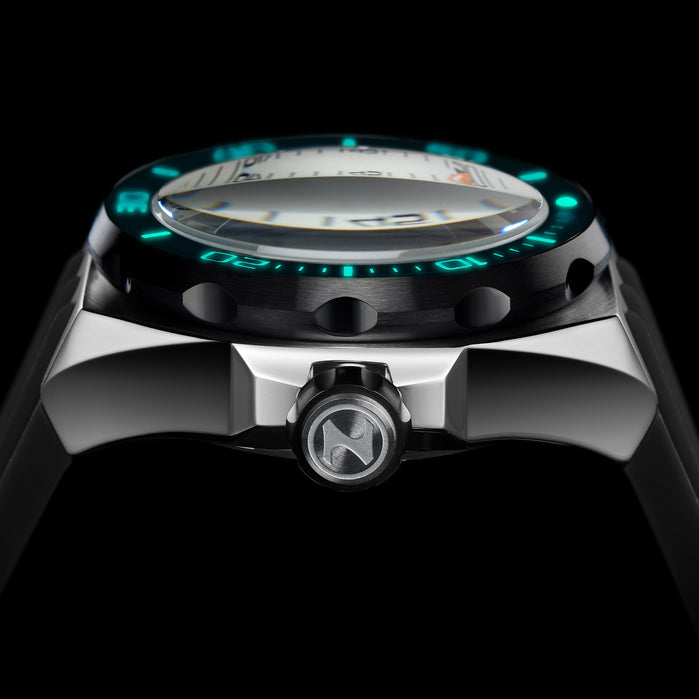 Nubeo Mariana Automatic Tidal White Black angled shot picture