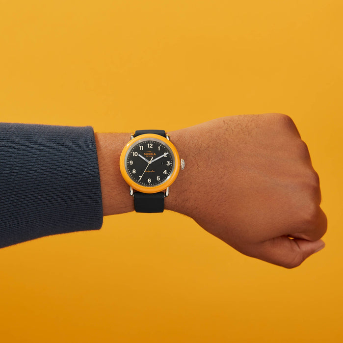 Shinola Detrola 43mm The No.2 Yellow Black angled shot picture