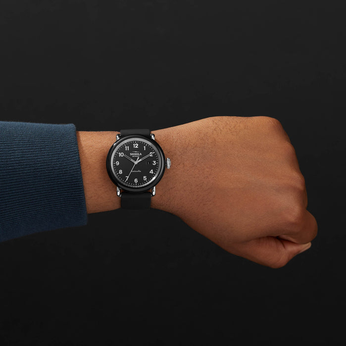 Shinola Detrola 43mm The Model D Black angled shot picture