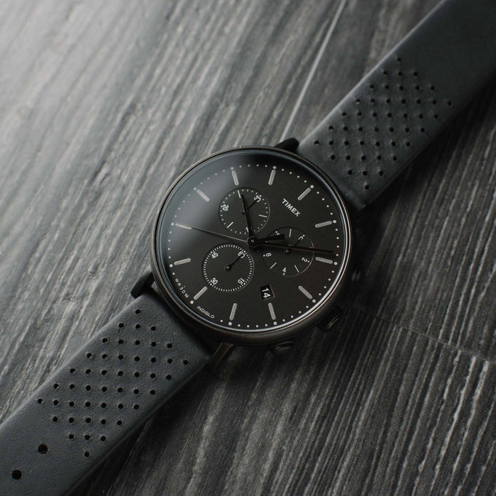 Timex Fairfield Chrono Leather All Black angled shot picture