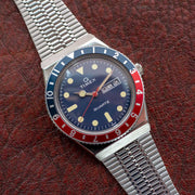 Timex Q 1979 Reissue 38mm Silver Navy Red