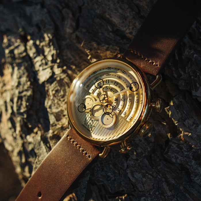 Xeric Halograph Chrono Sapphire Gold angled shot picture