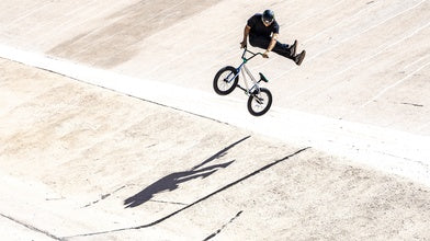 Vital BMX: Kevin Peraza Rides the New Mongoose L500