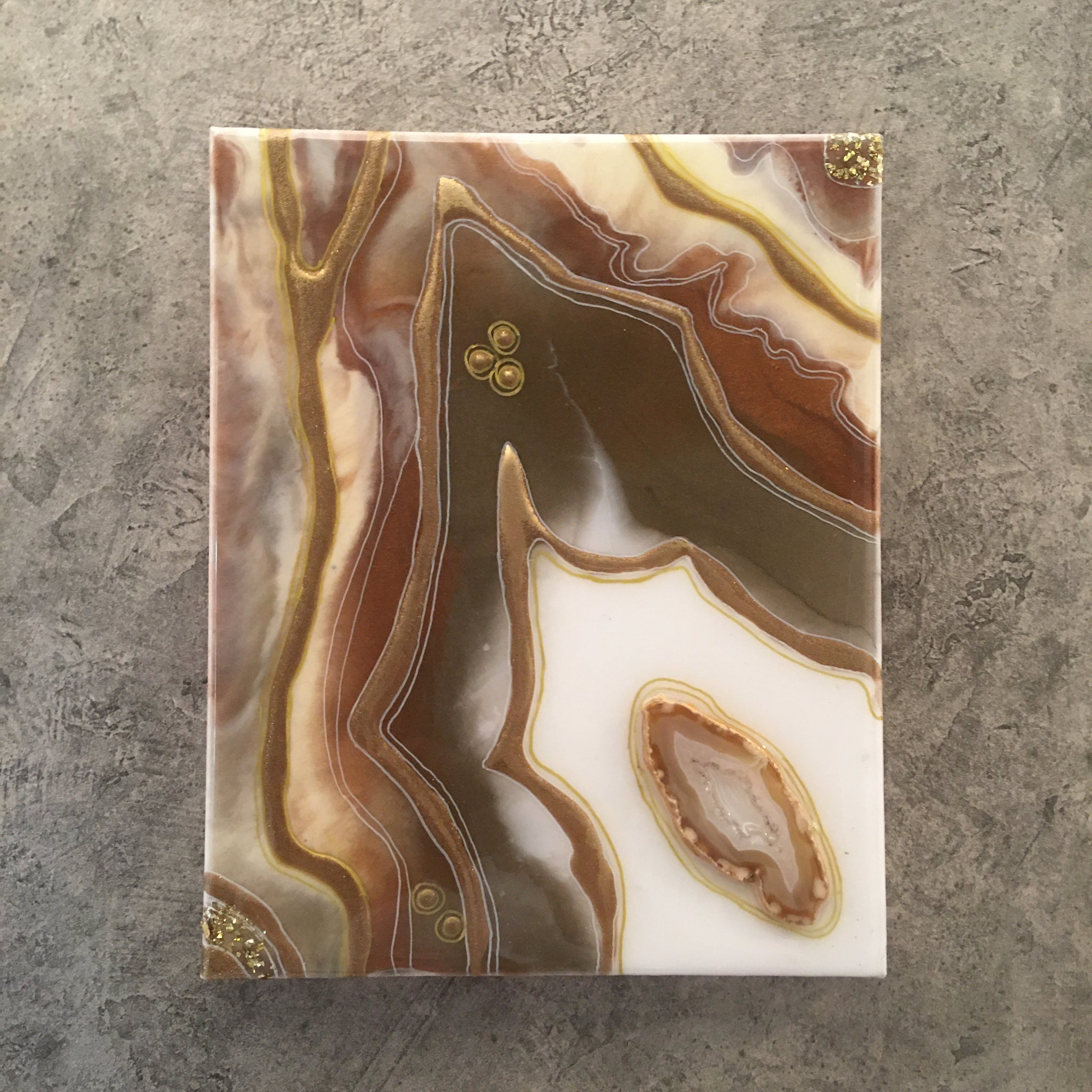 "Agate Artwork Brown Tones 10"" x 8"" With Authentic Agate Slice"
