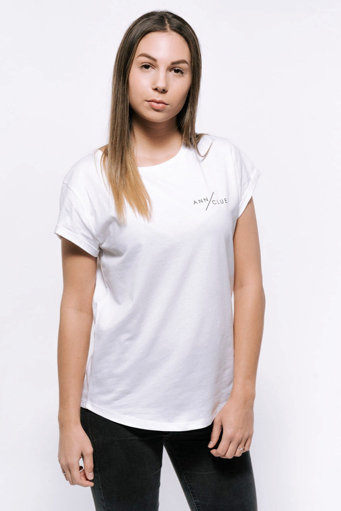 Ann Clue - Logo T-Shirt Women