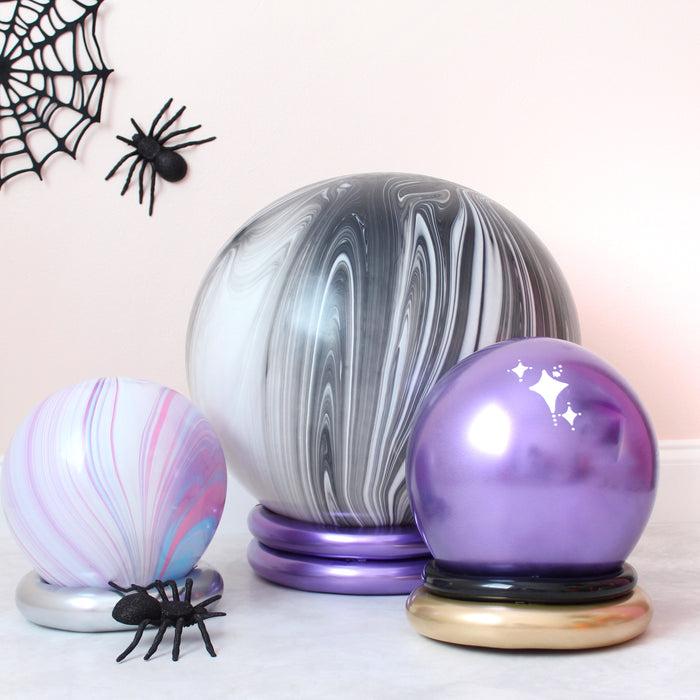 DIY Balloon Crystal Ball