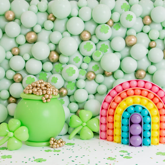 DIY Balloon Lucky Pot of Gold