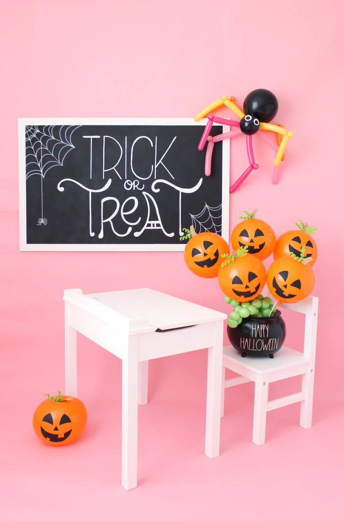 Balloon Pumpkin on a Stick for classroom trick or treat surprises
