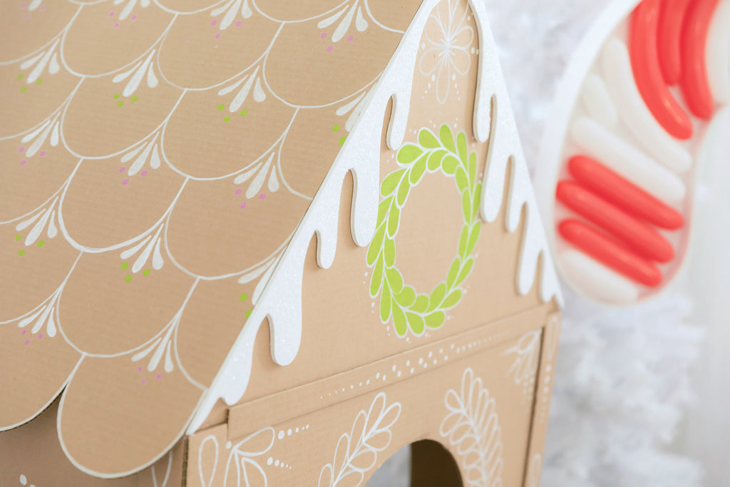 DIY Cardboard Gingerbread House detail
