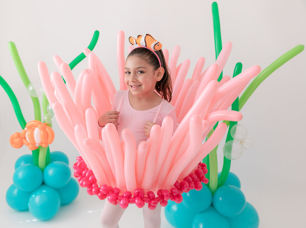 DIY Sea Anemone Balloon Costume
