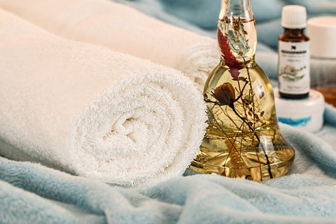 aromatherapy and bath towels