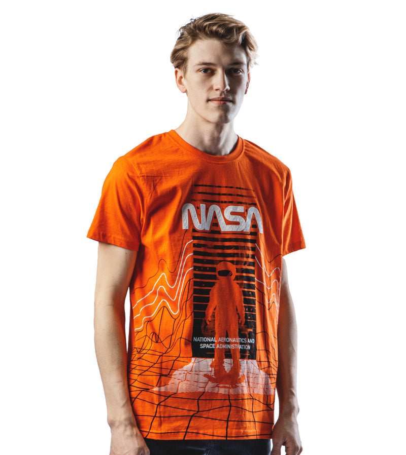 MEN SOUTHPOLE NASA TEXTURED DETAIL ROUND SHORT SLEEVE TSHIRT