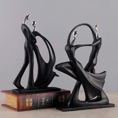 Couple Sculpture - Zandes
