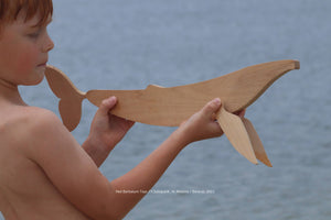Handmade wooden whale with movable tale and fins 48 cm / 19 ''
