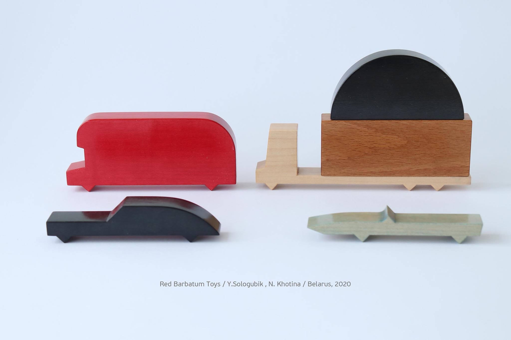 Set of wooden cars Red Barbatum - set of 6 pieces
