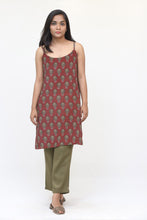 Load image into Gallery viewer, Maroon Flower Long Slip