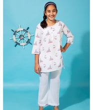 Load image into Gallery viewer, Whale Bird Pyjama Set
