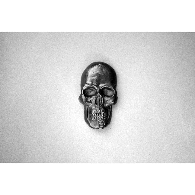 BATLE-STUDIOS-GRAPHITE-DRAWING-OBJECTS-CURIO-SKULL-PENCIL-ART-MINI-SCULPTURES-FUN-GIFT-ourgallerystore-museum-store-contemporary-art-high-design-functional-art