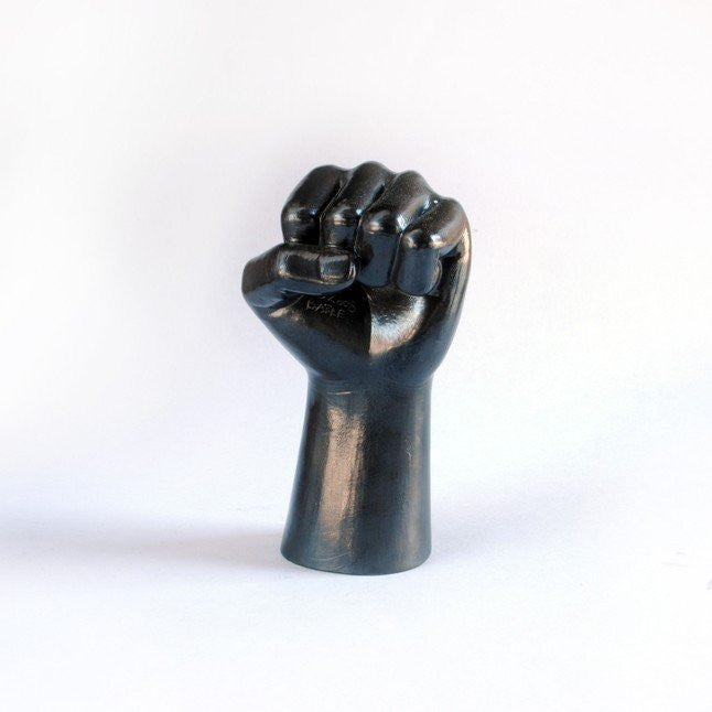 BATLE-STUDIOS-GRAPHITE-DRAWING-OBJECTS-SMALL-FIST-HAND-PENCIL-ART-MINI-SCULPTURES-FUN-GIFT-ourgallerystore-museum-store-contemporary-art-high-design-functional-art