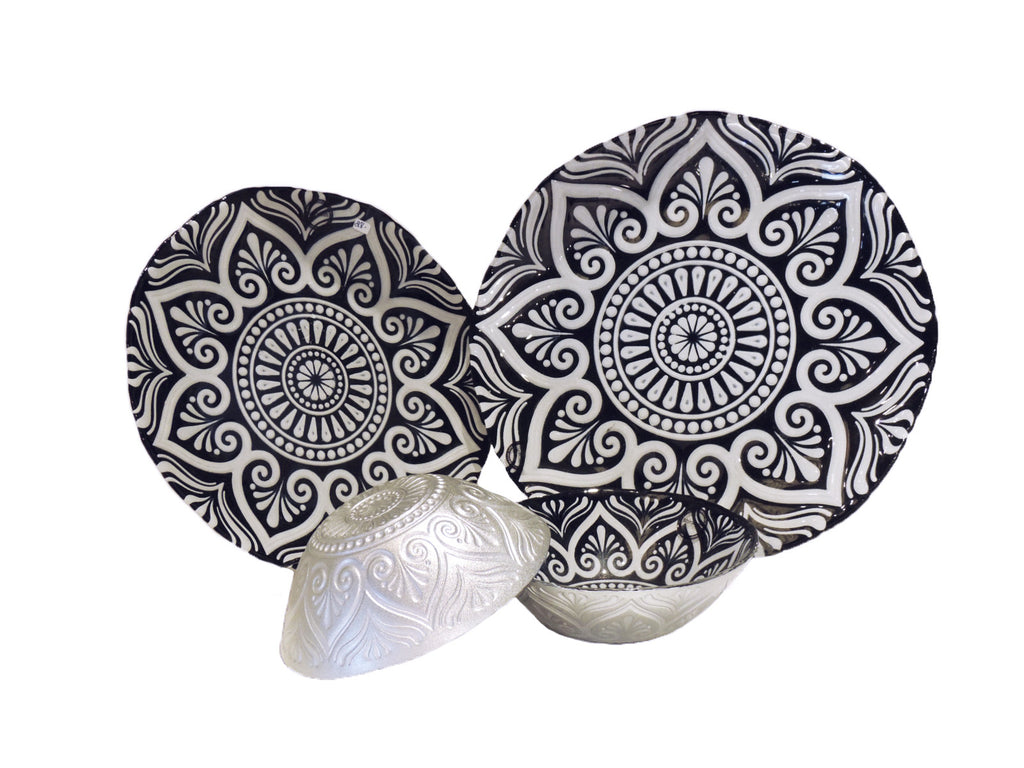 Metallic Embossed Spanish Glassware Plates