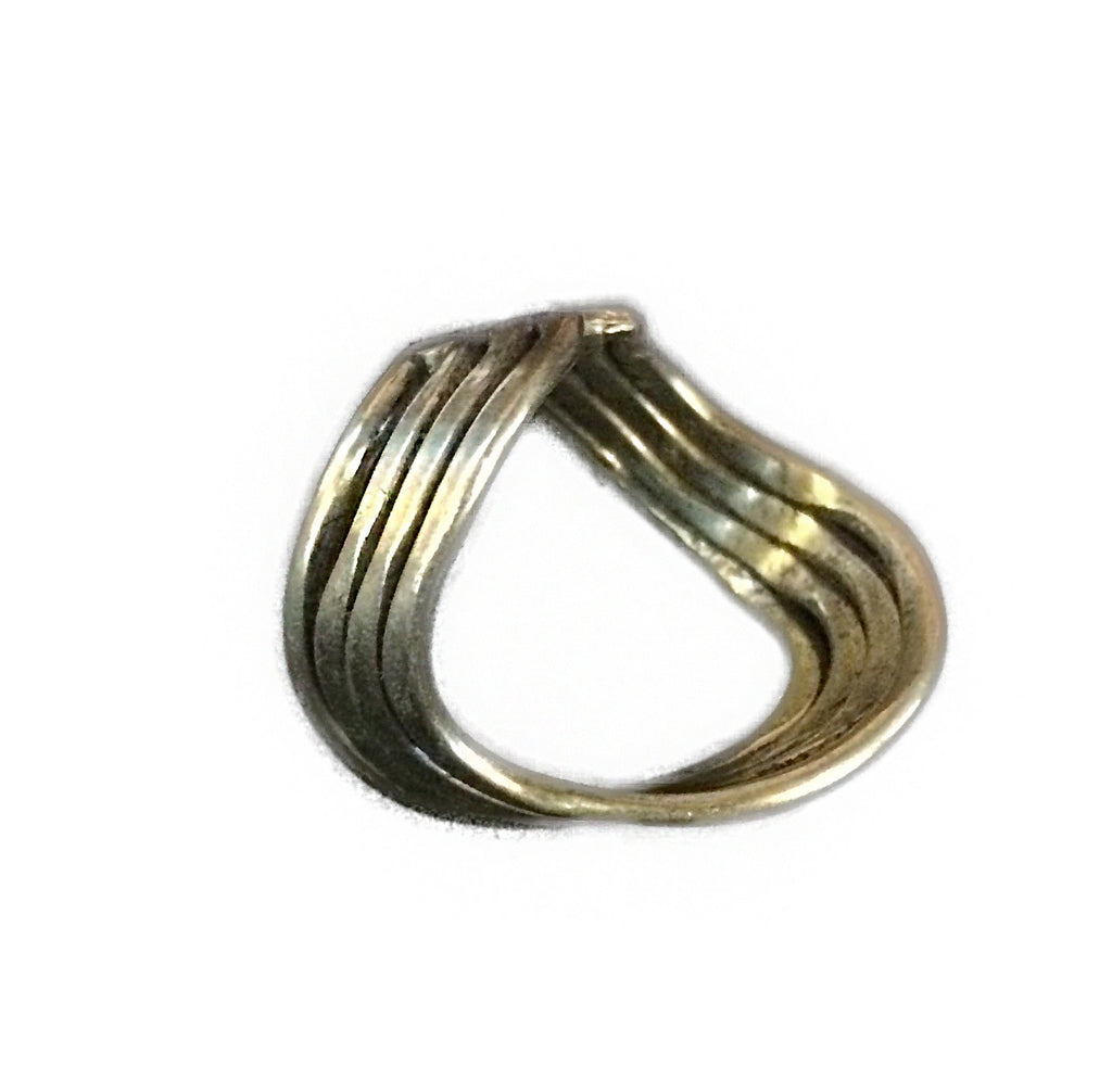 Anju Wavy Brass Ring