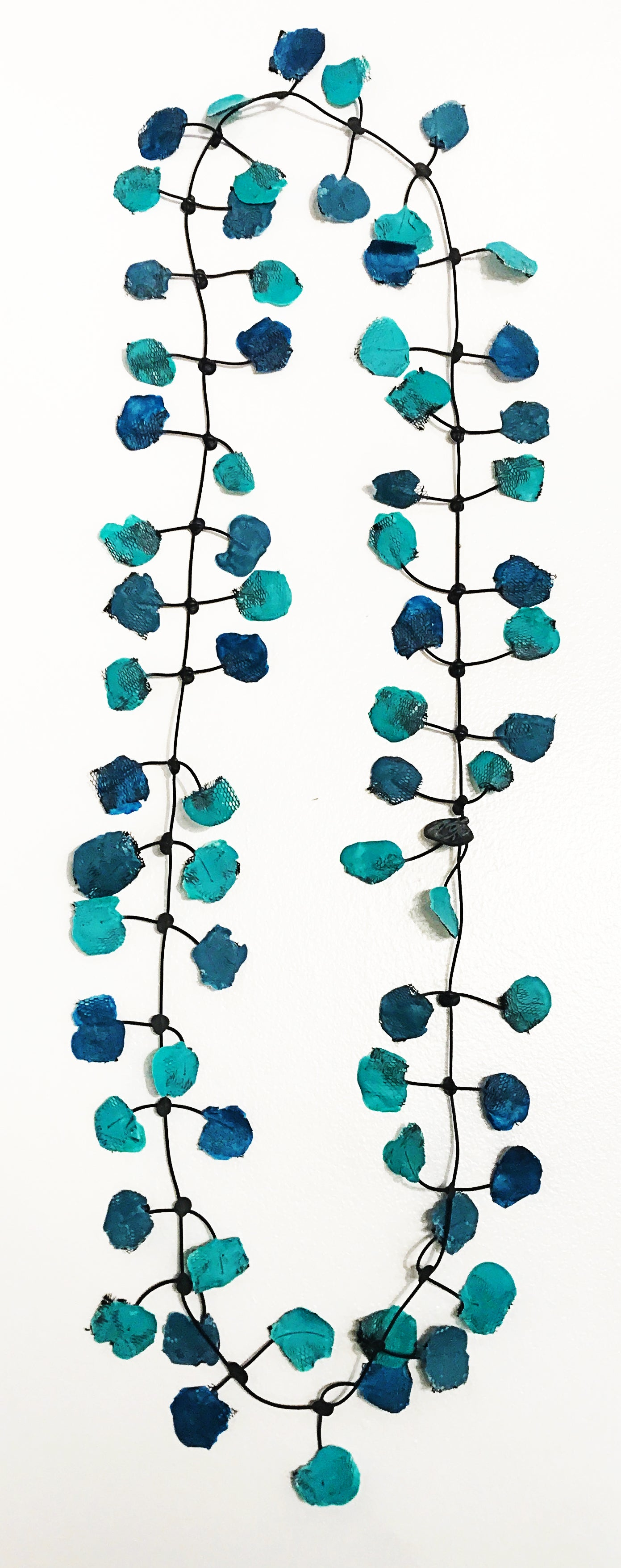 Annemieke Broenink Aquamarine Poppy Necklace