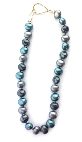 Blue Pebble Pearl Necklace