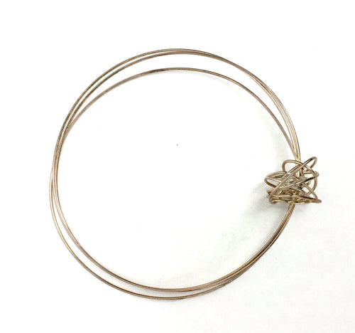 Claudia Vallejo Silver Single Knot Bangle