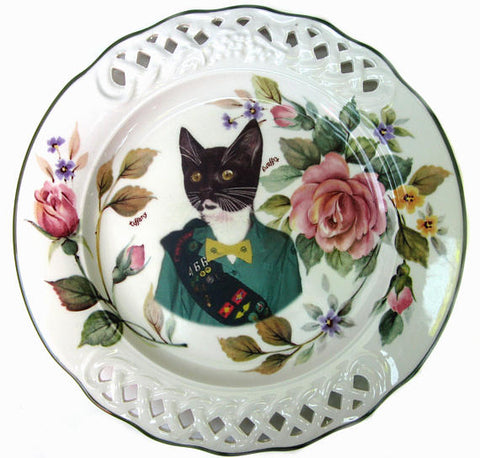 Kitty Scout Portrait Plate