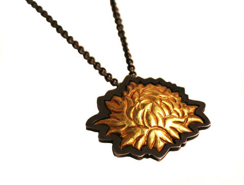 Chrysanthemum Momento Pendant (In Stock)