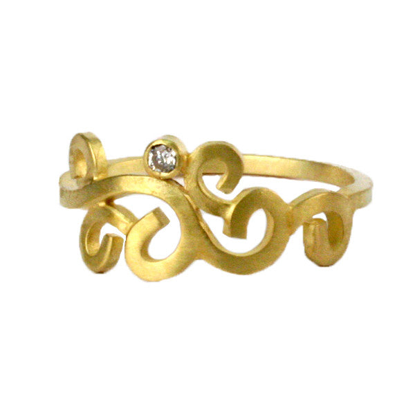 Wrought Single Diamond Ring in Gold