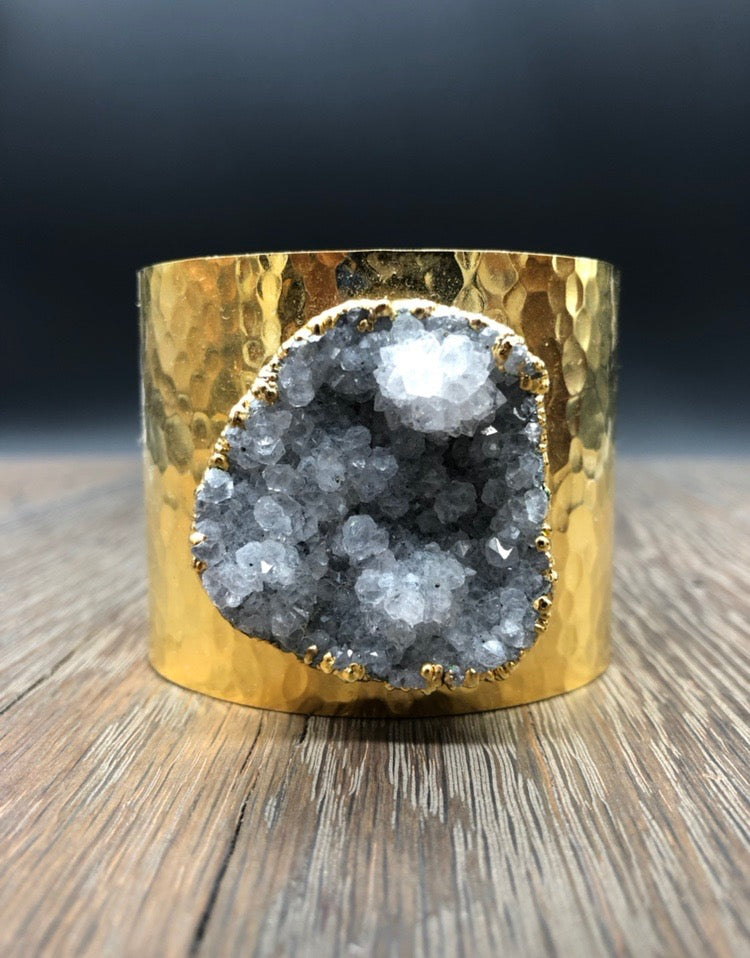 Hammered cuff bracelet with druzy