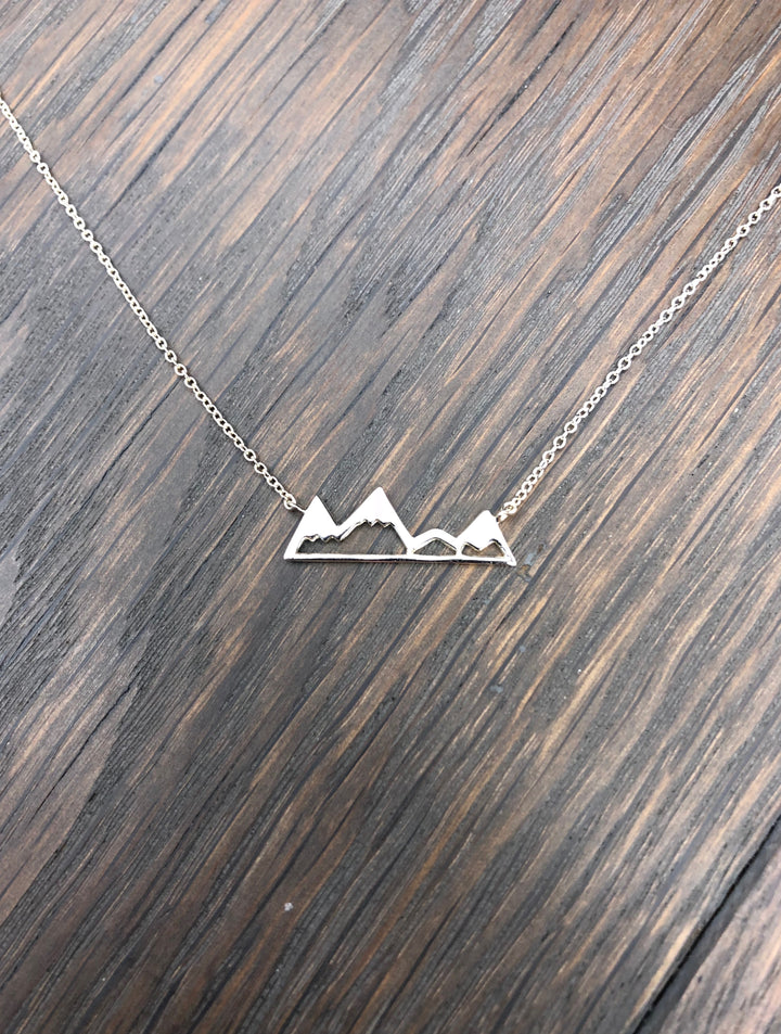 Metal mountain range layering necklace